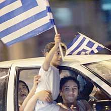 Epopeya griega, Europa se rinde a sus pies